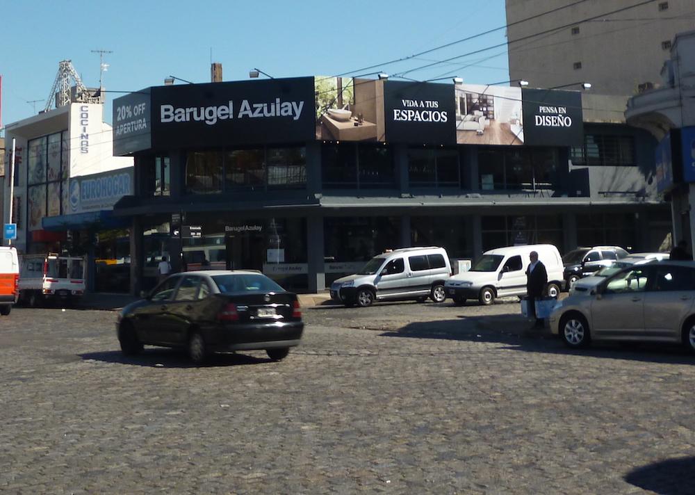 La nueva fachada de Barugel Azulay en Floresta